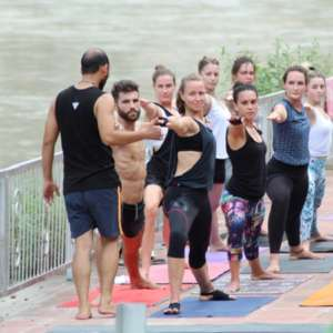Mantra Yoga Meditation Practicing Yoga Ganges 300x300 - Rishikesh