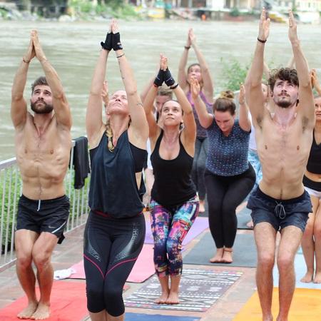 200 hour Yoga Teacher Training Rishikesh India - Yoga Teacher Training in Rishikesh