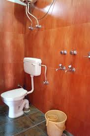 Bathroom view Mantra Yoga Accommodation in Dharamsala 1 - Retreats