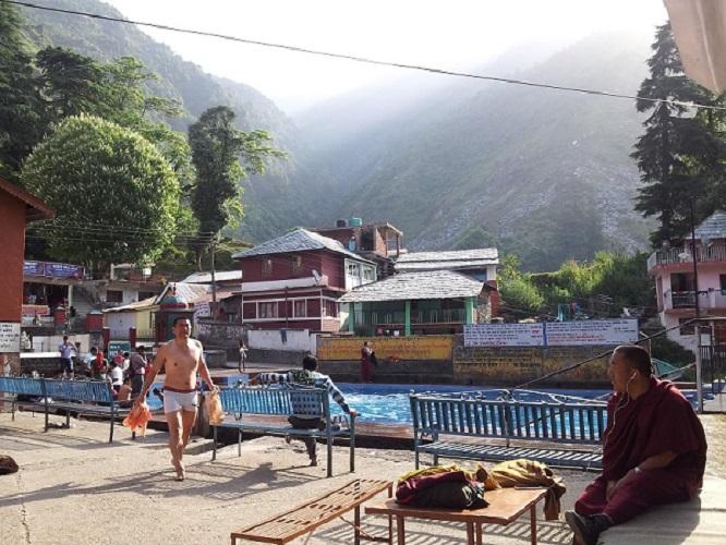 Yoga Retreat Dharamsala 1 - Retreats